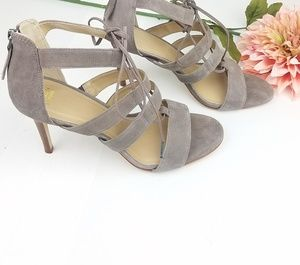 Johnston & MurphyNATASHA GHILLIE HEEL Size 9.5